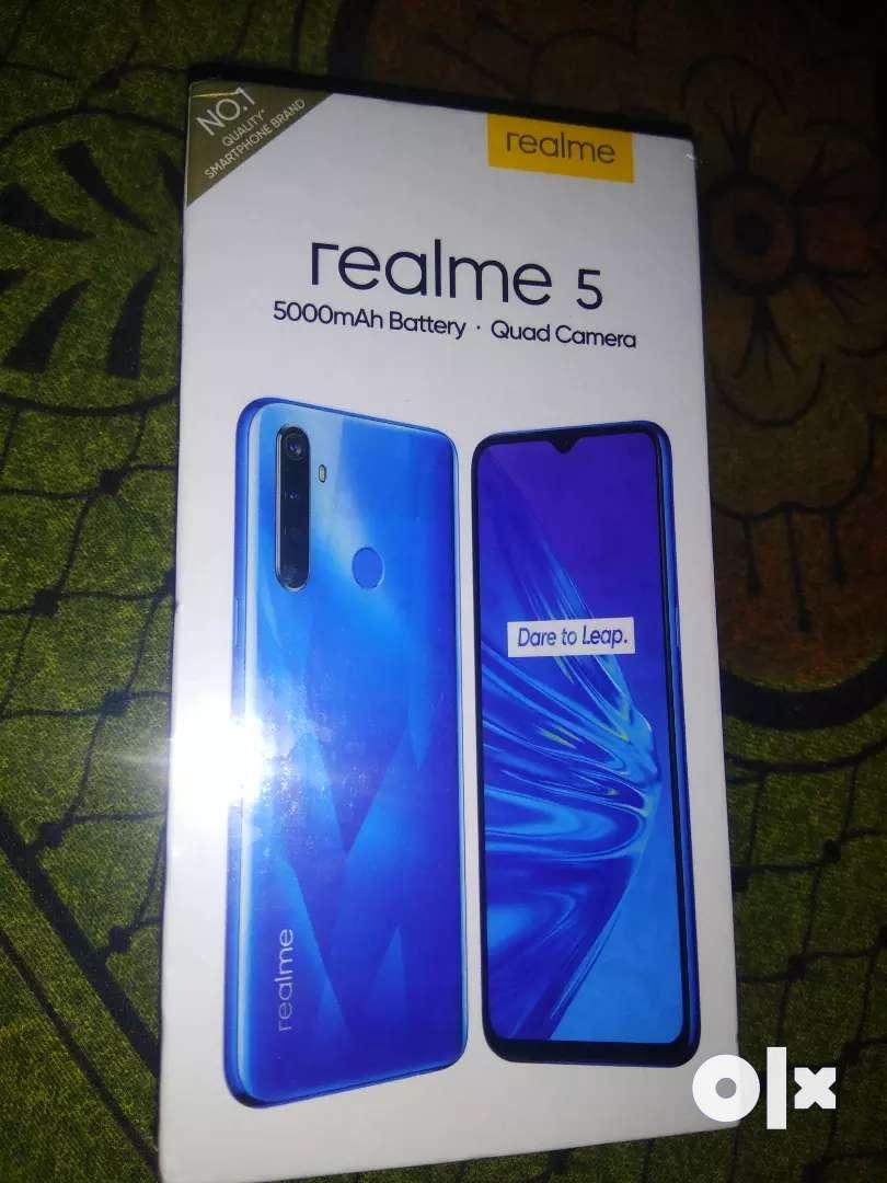 Realme 5 (3/32) 0