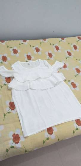 white top with a frill,chiffon material,L size