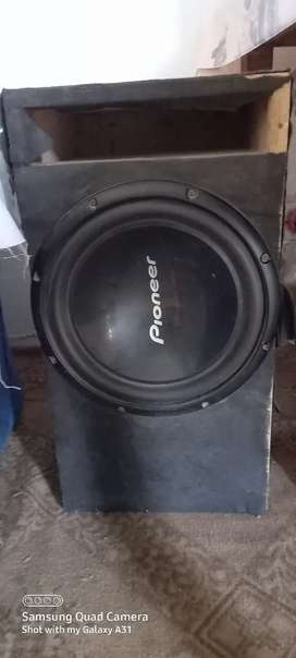 poineer woofer model D309 with 4 chanel imprtd amplifier orgnl 1200wts