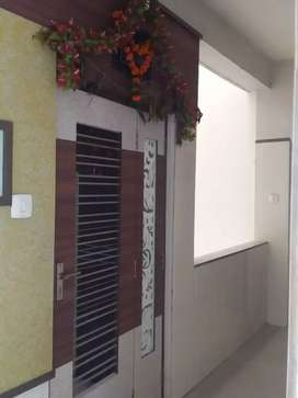Fulfurnished with lift facility