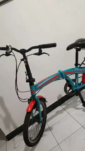 Sepeda lipat pasific seli