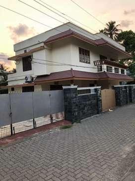 Fully furnished 4bhk house at maradu