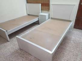 Single bed with 1 side table mind blowing Holsel Rate pe warranty K st