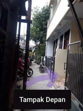 Di kontrakkan / sewa / rumah di Jatiwaringin Pondokgede bekasi