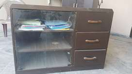 1 drawer chest wooden  with 3 drawer