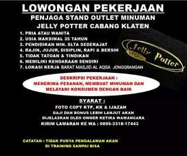 Penjaga Stand Minuman Jelly Potter Di Jonggrangan Klaten