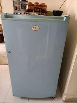 Lg fridge 165 litre