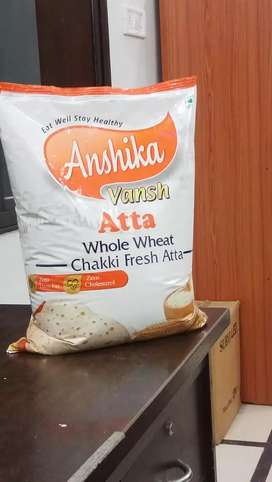 Fresh Chakki Atta MP Wheat use only. With vacuumed pack  l