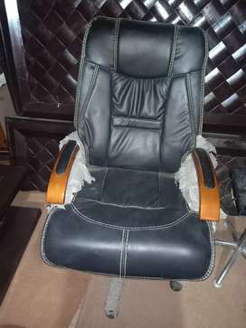 Executive chair for sale decline system
