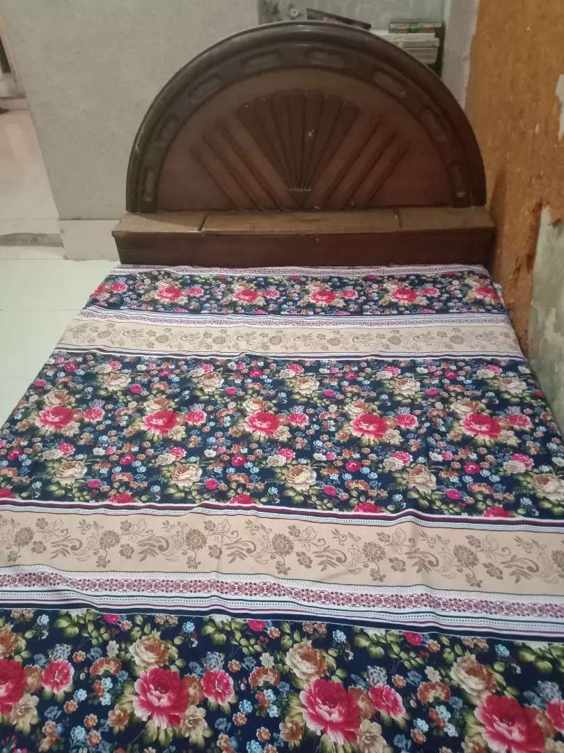 Bed set with Mattress 0