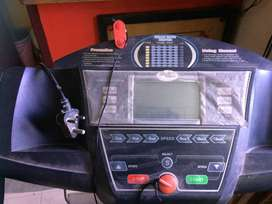 treadmill in excellent condition sparingly used