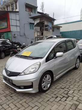 Honda jazz RS at 2012 antik dp 10jt
