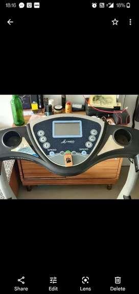 Treadmill as good as new