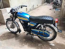 Cb 180 new hy bhai bs lo chalo