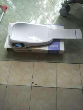 Timbangan bayi digital / electronic baby scale