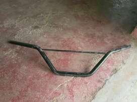 Wide bar handle