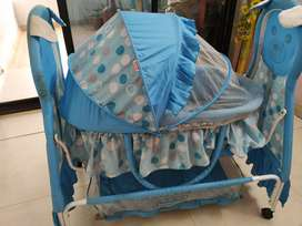 Babyhug Teddy Print Baby Swing with Bassinet 1year old not much used
