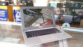 Notebook Asus X201E SECOND BERGARANSI