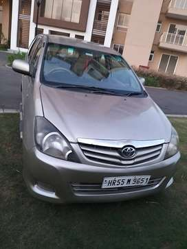 Toyota Innova GX, Diesel Good Condition, First Owner , Golden Color