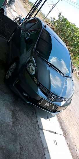 DIJUAL HONDA JAZZ TH2014 Credit DP Min 5.000.000,-/10.000.000,-