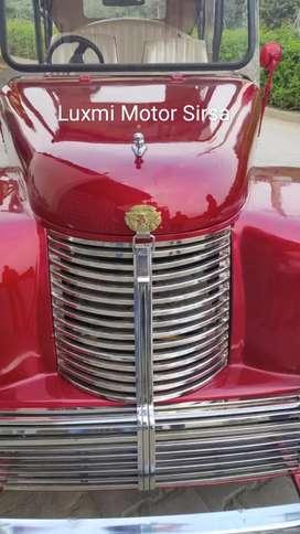 Vintage wedding car