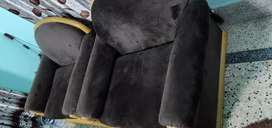 5 seater sofa in excellent condition