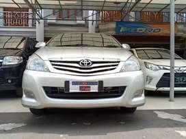 Toyota Inova G 2.0 Mt Tahun 2011 Silver DP CEPER Pajak Panjang