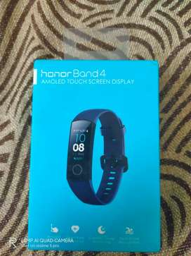 honor Band 4 AMOLED TOUCH SCREEN DISPLAY