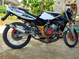 Kawasaki ninja 150 R tahun 2013 16 juta nego santuyy