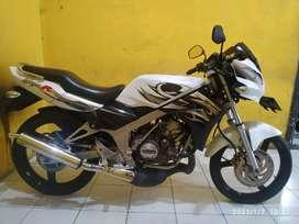 (SPM) Kawasaki Ninja R 2012 Terawat Pajak Jalan Mesin Standart normal