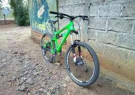 MTB Dabomb Custle Bravo AM fullbike size S