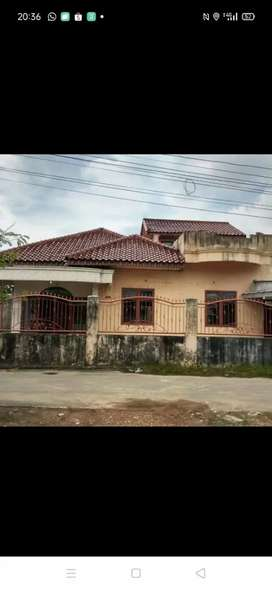 Dijual rumah lokasi tengah kota