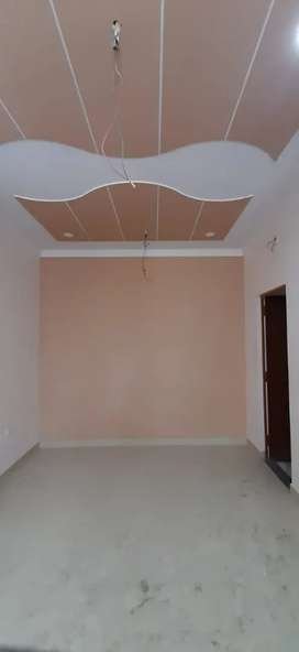 All types Comercial space for rent in Vrindavan yojna raebareli road