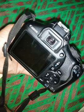 Canon 1300d camera with 28-80mm lens
