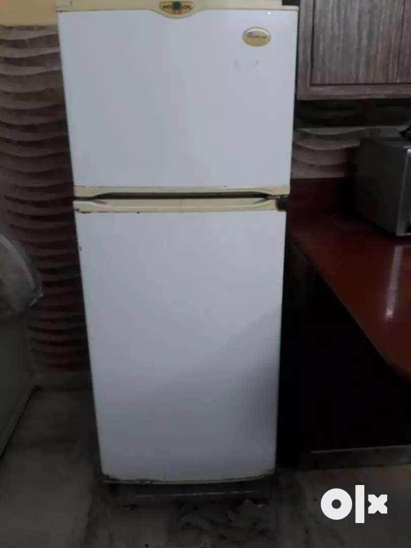 Company whirlpool model GNF 220 0