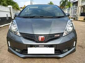 HONDA NEW JAZZ RS METIC,2014,SETOR DP CUMA 14 JT