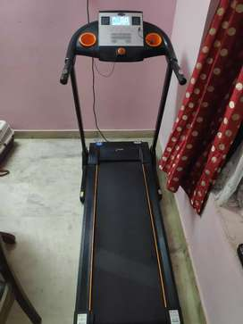 Treadmill with Good condition 25000