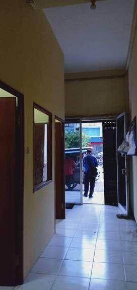 Disewakan Ruko 2 Lantai di Kompleks Ruko Manyar Resort, Jl Raya Suko M