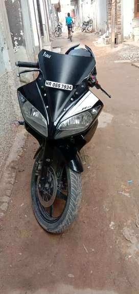 R15 version 1 koi kmi nhi h bilkul ok h bhaiyo...