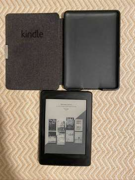 Kindle Paperwhite. WiFi+3G, original Amazon magnetic cover