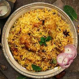 Looking for a cook who can make biryani,tea and shawrma
