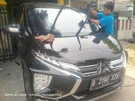 Kaca film mobil menerima pemasangan panggilan