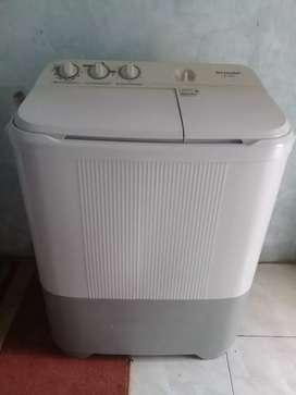 Jual Mesin cuci 2tabung Merk SHARP 6,5KG.BANJARBARU