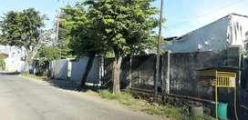 Disewakan tanah untuk pool atau garasi,bisa untuk gudang.