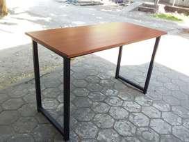 Meja minimalis serba guna bahan kayu mahoni atau jati belanda