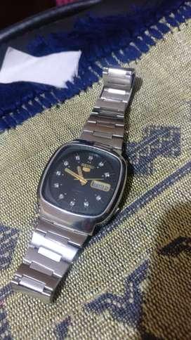 Seiko 5 men's watch Model 7009 - 5140 A1