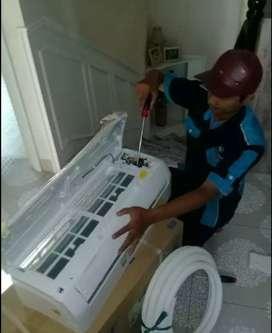 Service AC. Pasang AC dan bongkar AC. Isi freon