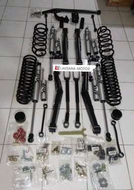 Lift Kit Merk FOX & Old men Emu buat Jeep JK rubicon wrangler
