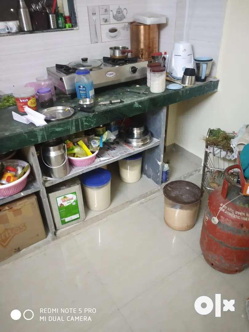 Room on rent near Akurdi railway station, near gurudwara chowk