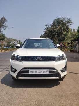 Mahindra XUV300, 2019, Petrol